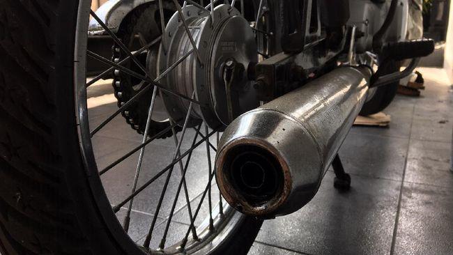 Polda Metro Jaya mengatakan penindakan knalpot racing berupa penyitaan motor dan hanya bisa diambil jika pemilik membawa knalpot standar.