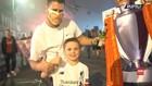 VIDEO: Ribuan Fans Liverpool Rayakan Trofi Liga Inggris