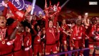 VIDEO: Liverpool Akhirnya Angkat Trofi Usai Tundukkan Chelsea