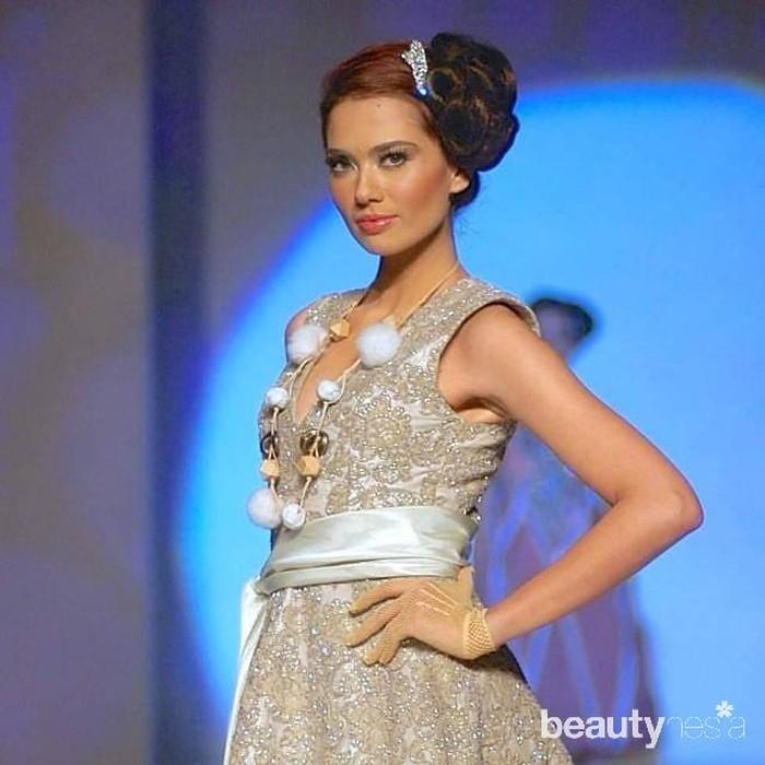 Wanita yang akrab disapa Keket ini dikenal berkat bakatnya di dunia modeling.Wanita yang akrab disapaKeket ini tergabung dalam agency model ternama Look Models Indonesia (Foto: instagram.com/cathrinewilson/)