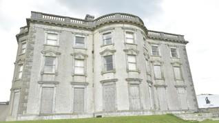 Rumah Paling Berhantu di Irlandia Dijual Rp42,3 Miliar