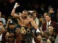 Jones: Saya dan Mike Tyson Memang Aneh