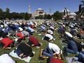 Turki Kembali Kecam Yunani terkait Hagia Sophia Jadi Masjid