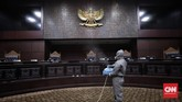 Gedung Mahkamah Konstitusi (MK) di Jakarta Pusat berada di kawasan zona merah virus corona berdasarkan data analisis Satgas Covid-19 hingga 19 Juli.