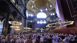 Hagia Sophia Jadi Klaster Corona, 500 Jemaah Positif Covid