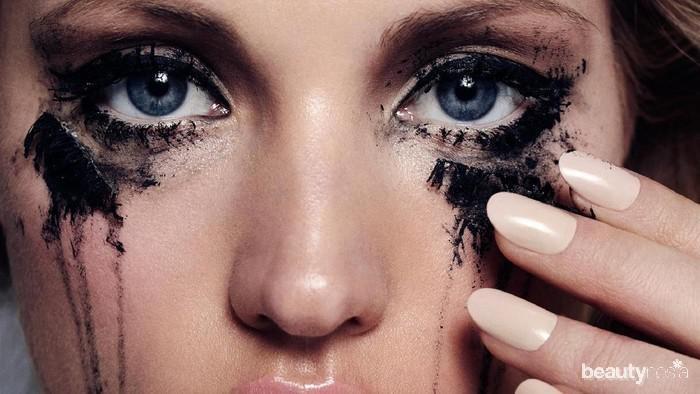 Penyebab Eyeliner Luntur dan Merusak Tampilan Eye Makeup