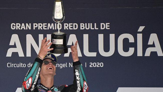 Demi mengejar cita-cita jadi pebalap MotoGP, Fabio Quartararo muda bisa tempuh 1.200 km jalur darat buat latihan.