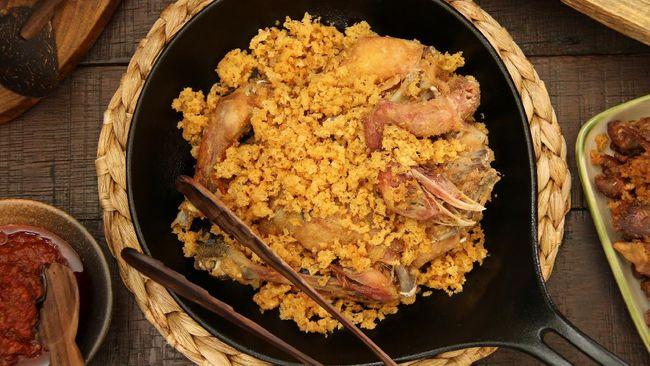 Ayam goreng pasti terasa lebih nikmat dan lengkap dengan kremesan gurih dan renyah. Berikut resep kremesan untuk Anda.