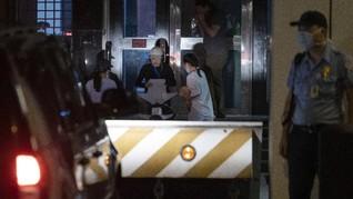 FOTO: Konsulat AS di Chengdu Korban Friksi dengan China