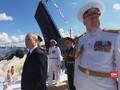 VIDEO: Putin Hadiri Parade Angkatan Laut Rusia