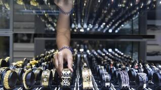 Orang Tajir AS Belanjakan Uang untuk Perhiasan kala Pandemi