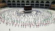 Saudi Izinkan Perempuan Daftar Haji Tanpa Pendamping Lelaki