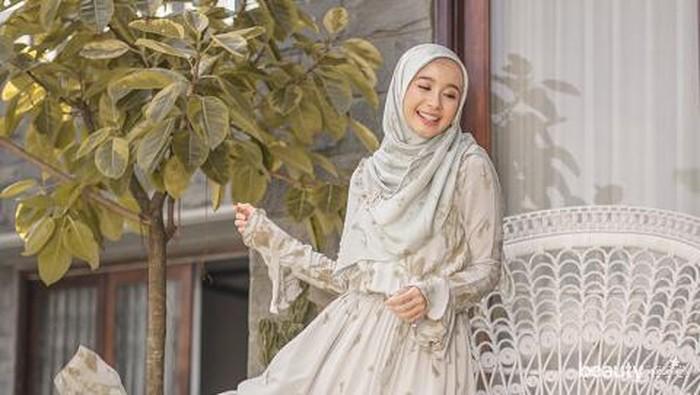 Koleksi Dress Terbaru Laudya Cynthia Bella yang Elegan