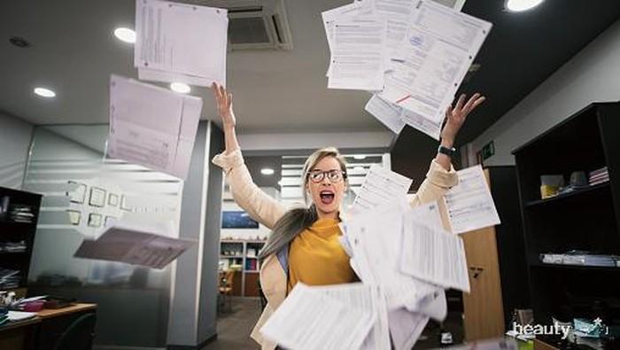 Tanda Kamu Gak Bahagia Sama Pekerjaanmu, Perlu Resign?