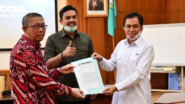 Selain pengawasan distribusi BBM, Maman dari Komisi VII DPR RI juga membahas soal pembangunan Pipa Gas Bumi Trans Kalimantan dengan Gubernur Kalbar.