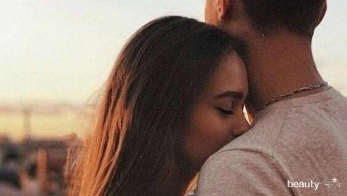 4 Bukti Kalau Kamu Kecanduan Cinta, Yuk Merenung Dulu!