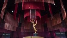 Tim Emmy Awards 2020 Akan Antar Piala Pakai APD Model Tuksedo