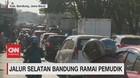 VIDEO: Jalur Selatan Bandung Ramai Pemudik