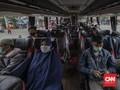 FOTO : Ramai Pemudik di Kampung Rambutan Jelang Iduladha