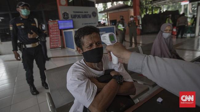 Arus mudik nampak meningkat pada Kamis (30/7) di Terminal Kampung Rambutan seiring pelaksanaan Iduladha yang jatuh pada Jumat besok.