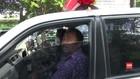 VIDEO: Ambulans Coba Kabur Saat Dihadang Petugas Razia Masker