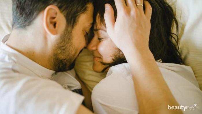 Jangan Lewatkan! Pentingnya Pillow Talk dalam Meningkatkan Keintiman