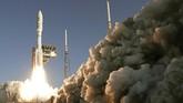 Roket Atlas V milik United Launch Alliance tengah mengantar misi penjelajah Perseverence NASA menuju Mars.