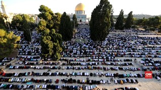 VIDEO: Warga Palestina Salat Iduladha di Masjid Al Aqsa