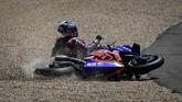 Sejumlah momen apik dunia olahraga mulai dari MotoGP, Formula 1, kejuaraan golf hingga tinju terekam dalam foto-foto SMASHOT pekan ini.