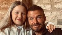 <p>Bocah kelahiran 2011 ini sangat dekat dengan sang ayah, David Beckham. (Foto: Instagram @davidbeckham)</p>