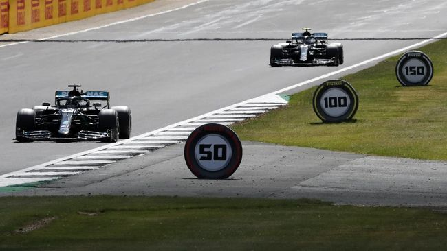 Kejutan terjadi di Formula 1 (F1) GP Italia 2020 setelah Pierre Gasly menahbiskan diri sebagai juara, sementara Lewis Hamilton finis ketujuh.