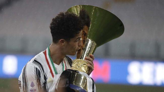 Liga Italia resmi berakhir setelah sejumlah laga di pekan ke-38 pada Minggu (2/8) usai. Berikut klasemen akhir Serie A.