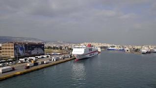 Buka Pelabuhan, Yunani Beri Lampu Hijau untuk Kapal Pesiar