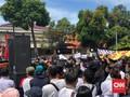 Pekerja Hiburan Malam Surabaya Demo Perwali Risma