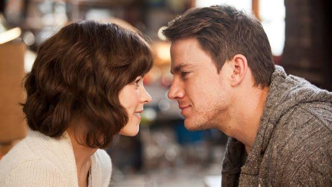 Genre percintaan punya ruang tersendiri bagi para penikmat film. Berikut film barat romantis yang bisa membuat penonton percaya pada cinta sejati.