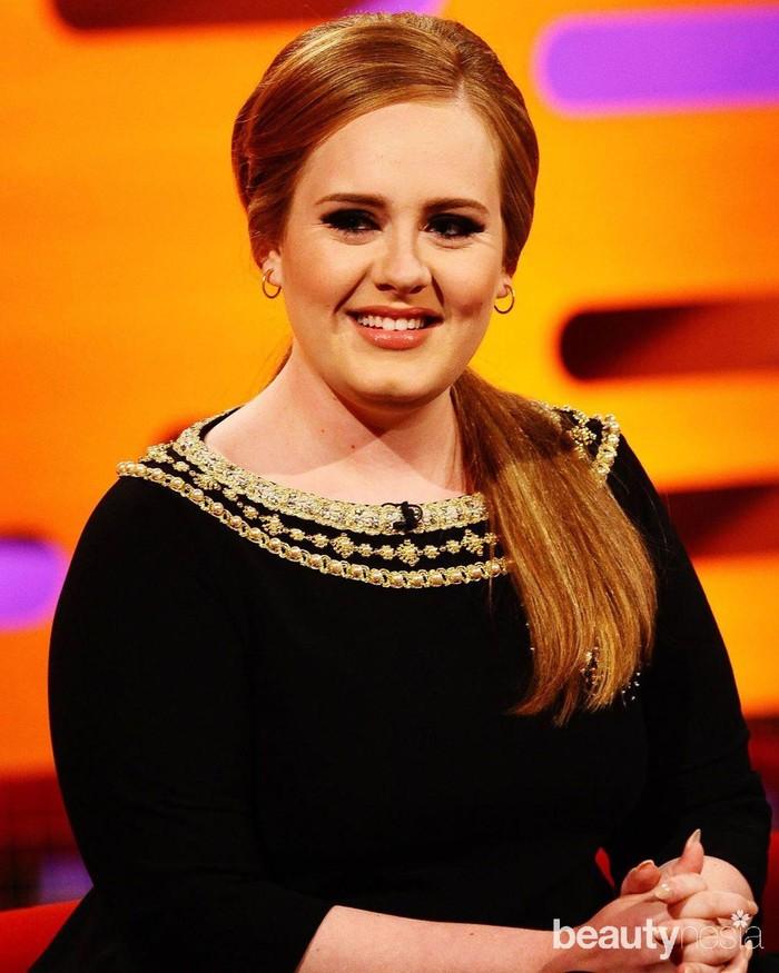 Kesuksesan Adele membuatnya didapuk sebagai satu dari seratus orang berpengaruh di dunia versi majalah Time pada 2016. Tak hanya itu, penyanyi asal Inggris itu juga meraih berbagai penghargaan. (Foto: https://www.instagram.com/adele.club/)