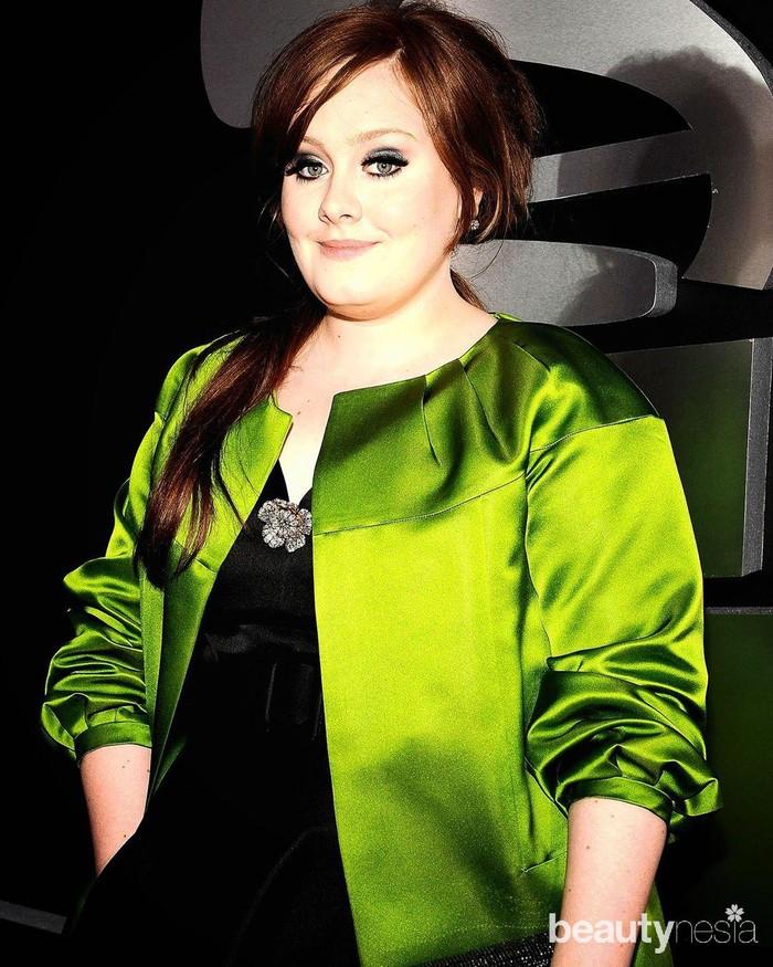 Adele memulai karier di dunia musik sejak 2006. Ia dikenal sebagai penyanyi yang memiliki suara merdu dan segudang karya. Lagu-lagunya kerap menduduki puncak tangga lagu dunia. (Foto: https://www.instagram.com/adele.club/)