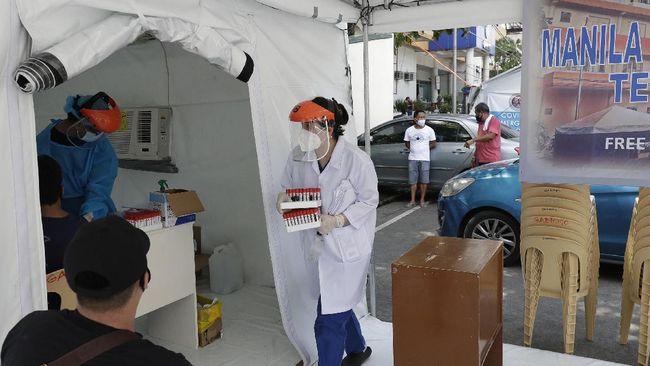Pemerintah Filipina menargetkan melakukan vaksinasi virus corona (Covid-19) kepada 60 juta penduduk pada 2021.