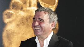Legenda Rumania Gheorghe Hagi Pecat Diri Sendiri