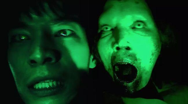 Industri perfilman Korea tak cuma jago memproduksi drama percintaan, tapi juga menyajikan film horor Korea yang bisa meneror malam Anda.
