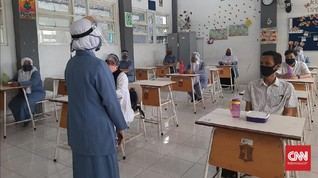 Masih Klaim Zona Hijau, Surabaya Ingin Buka SMP Kembali