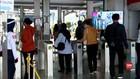 VIDEO: Gage Berlaku, Penumpang KRL Bekasi Terkendali