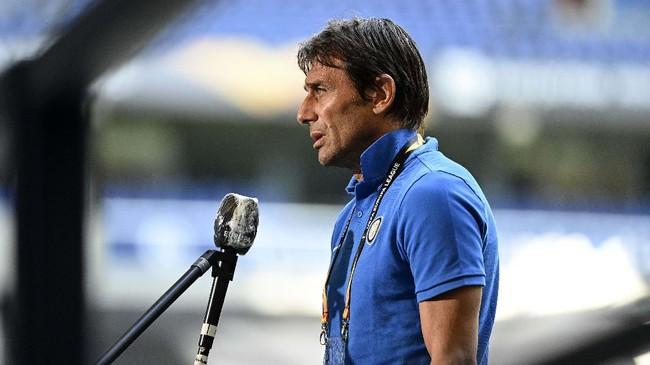 Conte Sebut UEFA Serakah, Tolak Super League