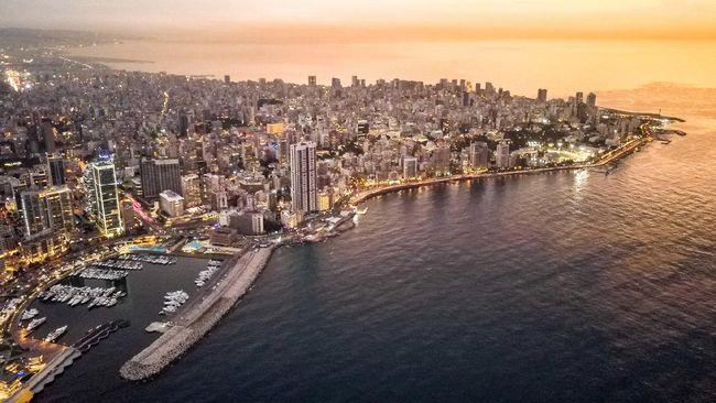 Invasi Prancis saat Perang Dunia II sempat mampir di Beirut. Kini, kota pesisir itu disebut Kota Paris di Timur Tengah.