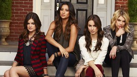 Pemain Pretty Little Liars Reuni dalam Podcast