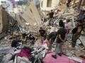 Macron Yakin Ada Korban Selamat Tertimbun Puing di Beirut