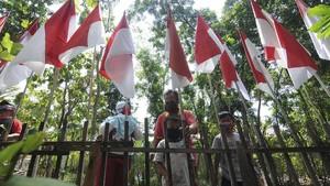 Warga Surabaya dan Sumbar Diimbau Pasang Merah Putih Sebulan