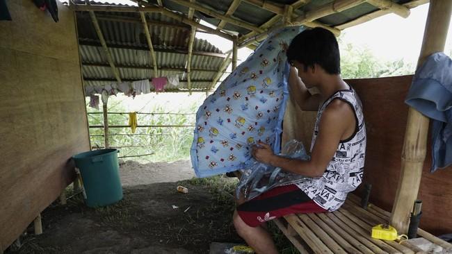 Kobe Christ, bayi yang lahir pada 12 April sempat selamat dari infeksi virus corona di Filipiina hingga dikabarkan meninggal pada 4 Juni.