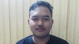 Gilang Bungkus Jarik Tersangka, Terancam 6 Tahun Penjara