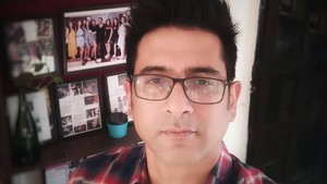 Aktor Bollywood Samir Sharma Meninggal Diduga Bunuh Diri